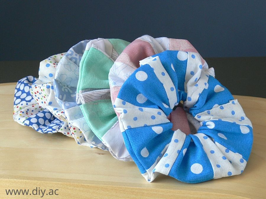 Patchwork scrunchies DIY | diy.ac